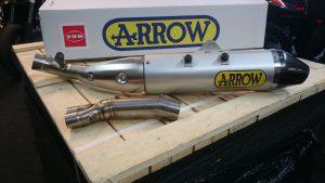 SWM Arrow Auspuffkit Racing Singleschalldämpfer ohne ABE entsprechend für RS 300 R, RS 500 R und SM 500 R